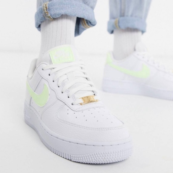 Nike Air force 1 '07 fluro trainers